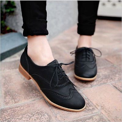 Brogue Femmes Lace Up Wing Tip Oxford College Style Flat Fashion.