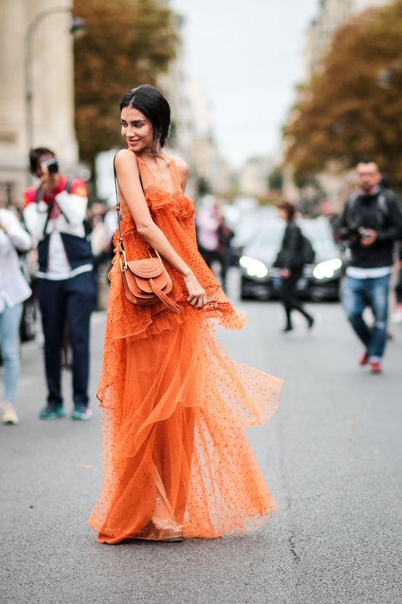 robe longue à volants orange
