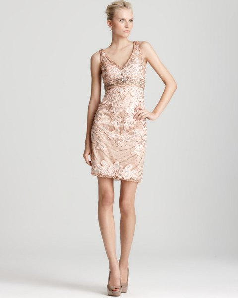 Robe fleurie taille empire or rose