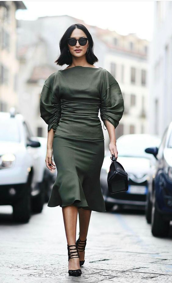 manches bouffantes vert olive