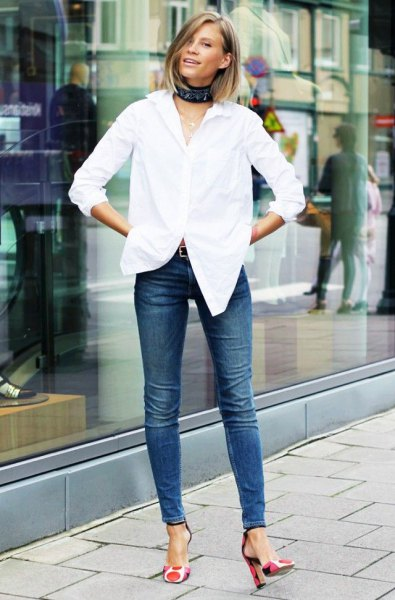 chemise blanche talons jeans skinny