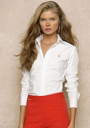 chemise slim blanche jupe crayon rouge