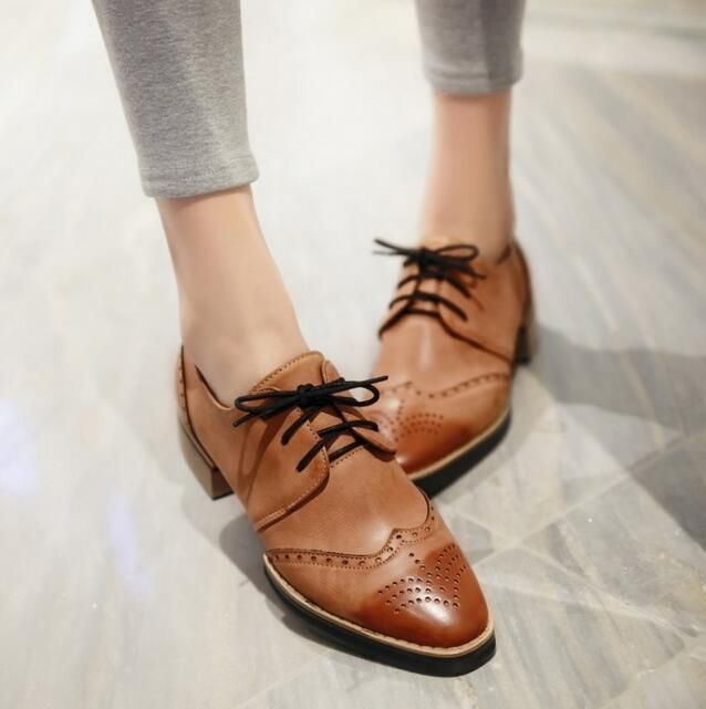 Retro Womens Lace up Pump Punk Flat Oxford Wing Tip Retro Chaussures.