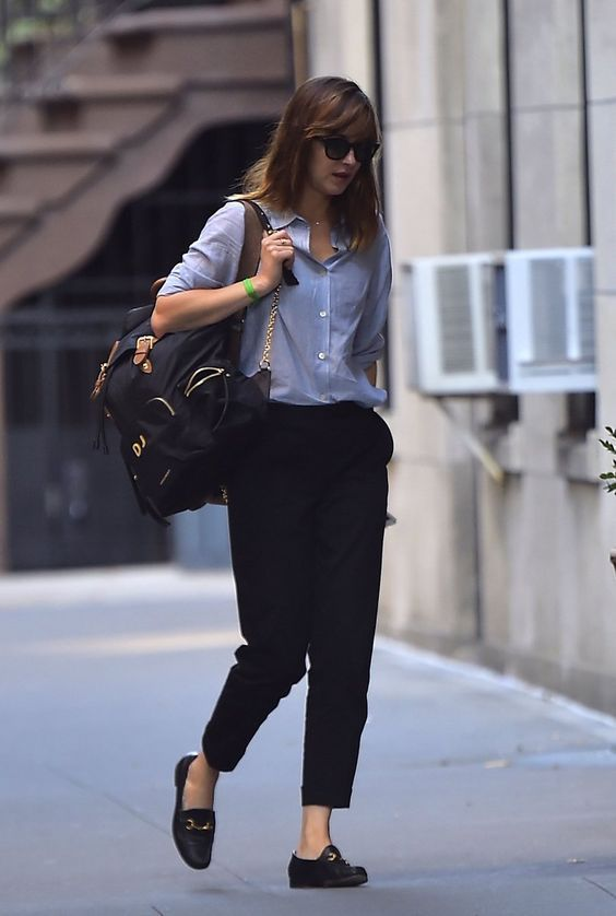Meilleur style Dakota Johnson - fashiondiys.com en 2020 |  Dakota.
