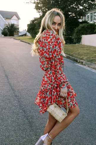 Comment porter une robe patineuse rose